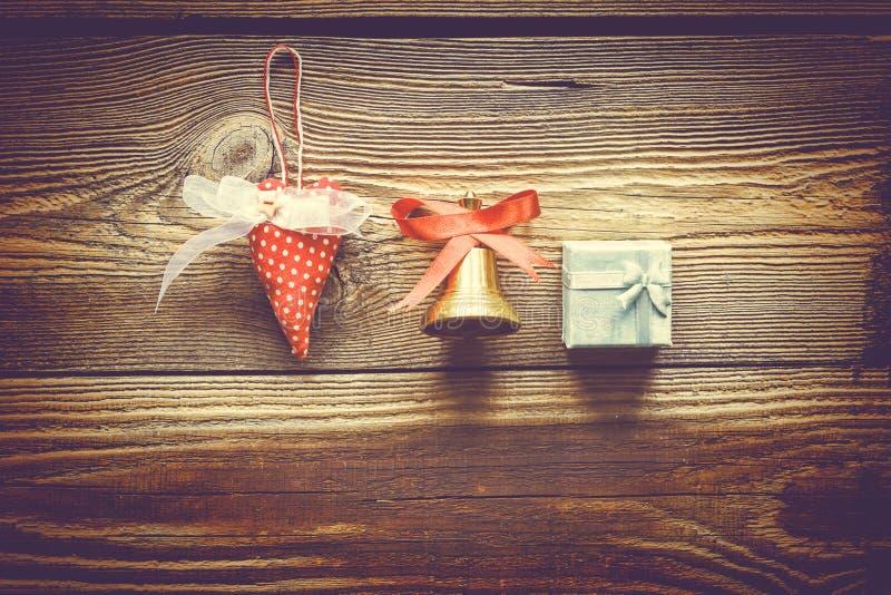 Año Nuevo Campana de la Navidad, espacio de la copia, tarjeta, símbolos del ` s del Año Nuevo imagen de archivo