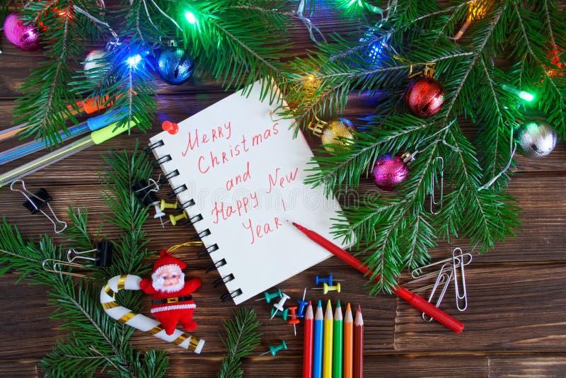 Año Nuevo para los oficinistas Libreta con enhorabuena imágenes de archivo libres de regalías