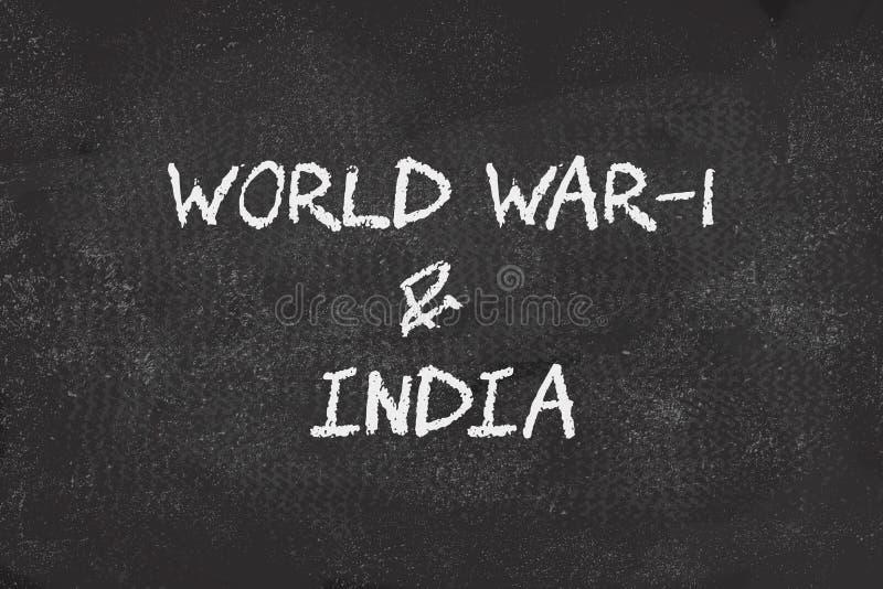 100 años de la guerra mundial 1 y de la India escrita en tablero negro foto de archivo