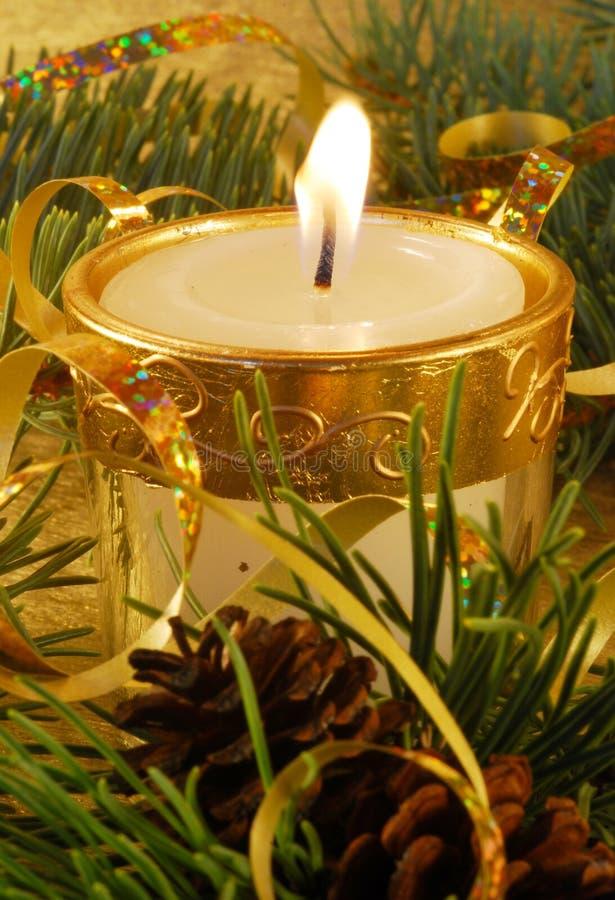 Aún-vida de la Navidad del oro foto de archivo