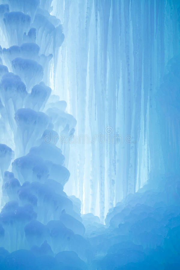 Free A Frozen Waterfall With Ice Stock Images - 11825614