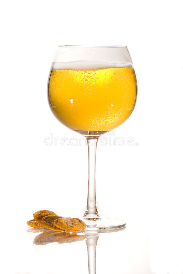 Free A Refershing Glass Of Beer Royalty Free Stock Photos - 2515138