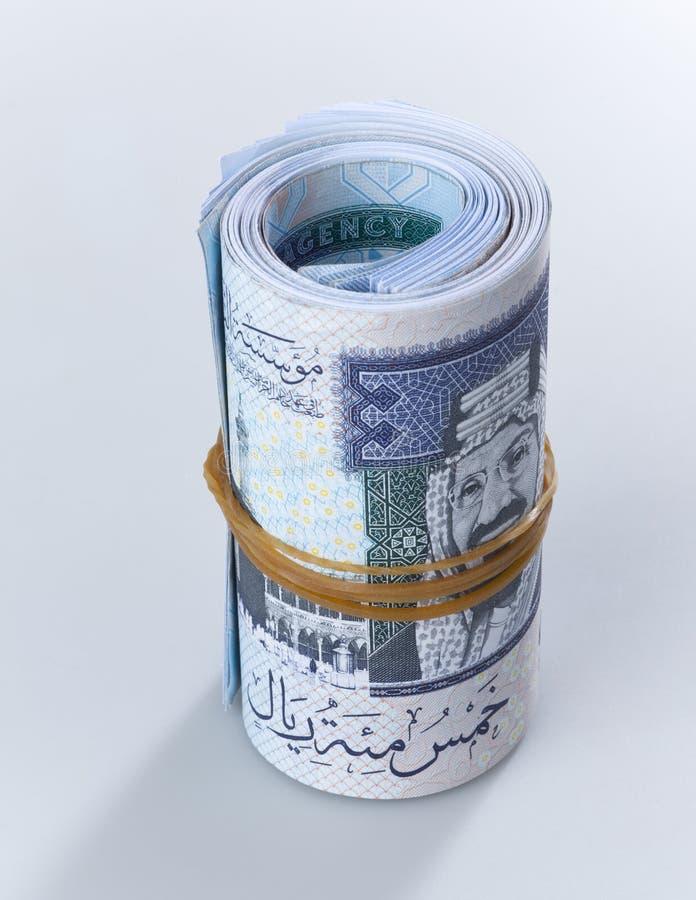 Free A Roll Of 500 Saudi Riyal Banknotes Isolated 1 Royalty Free Stock Photos - 105056838
