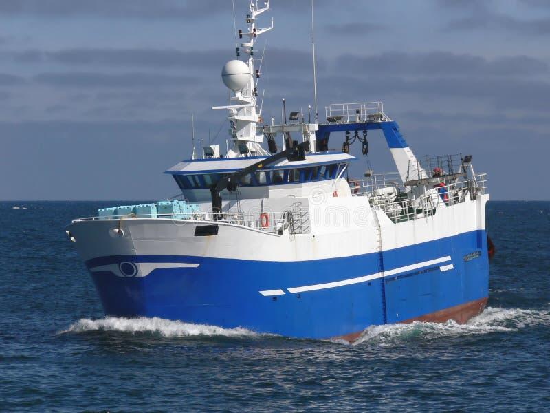 a1拖网渔船 库存图片
