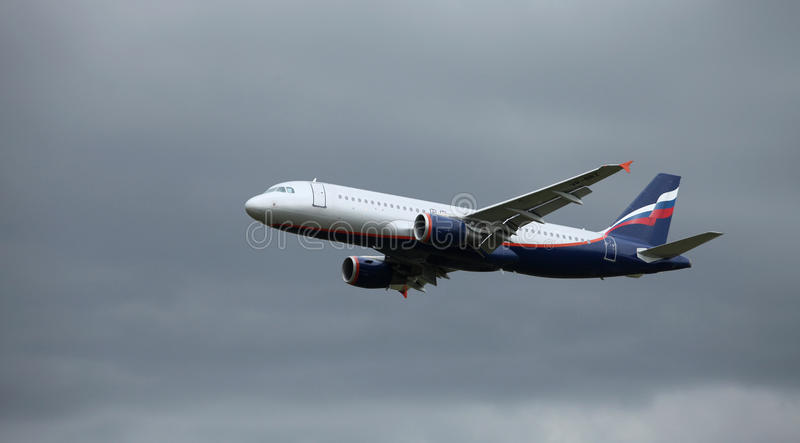 Download A320 in flight stock photo. Image of side, flight, airbus - 29364064
