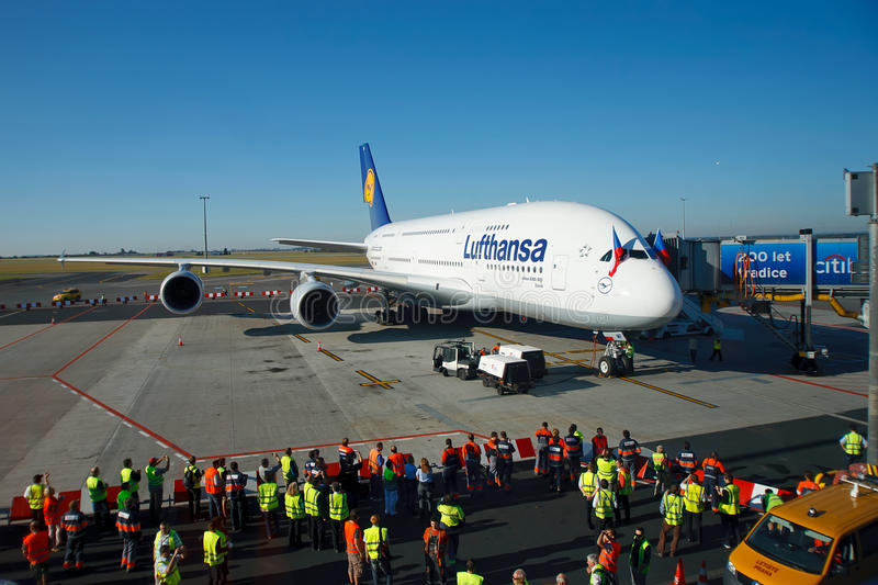 Download A380 first time in Prague editorial photography. Image of lufthansa - 21418742