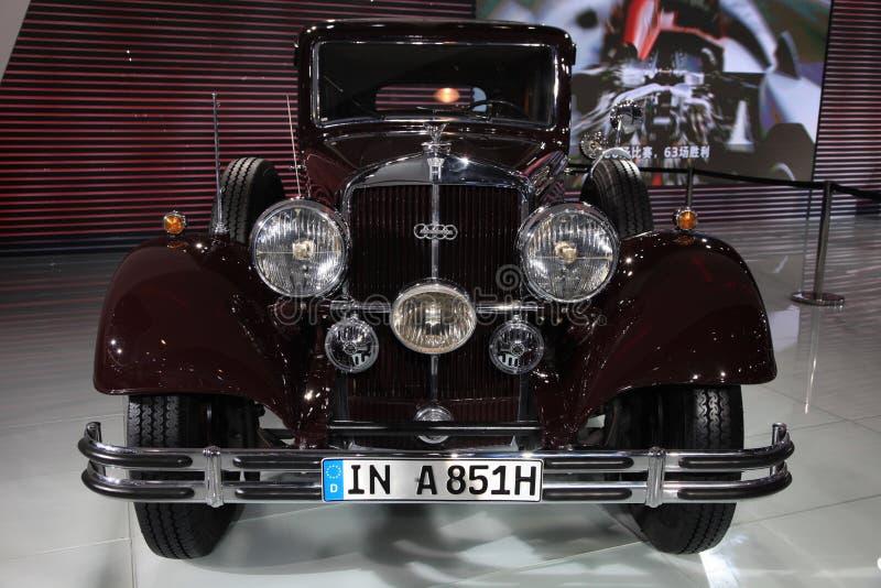 A851 klassieke limousine AUDI Horch stock foto