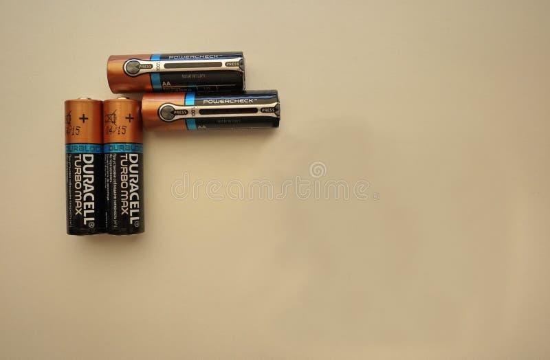 AA电池类型,设备和辅助部件细节和特写镜头和特写镜头 免版税库存照片