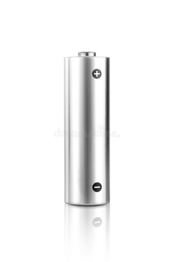 Aa-taille métallique d'accumulateur alcalin d'isolement sur le fond blanc photo stock