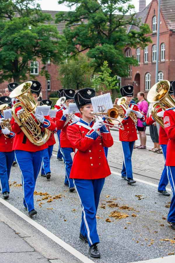 AABENRAA, DENMARK - JULY 6 - 2014: Tambour corps at a parade at. The annual tilting festival in Aabenraa stock images