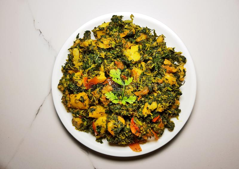 Aalu Methi torr curry royaltyfria foton