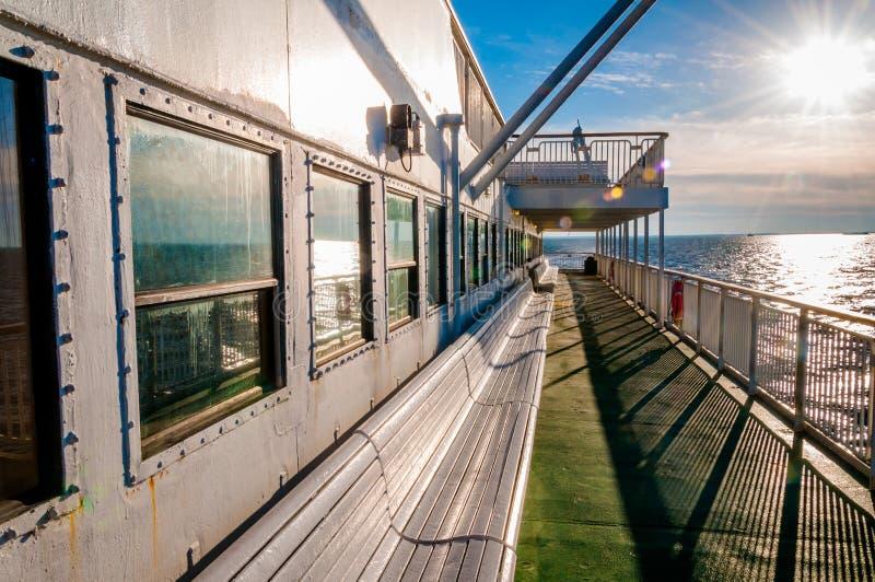 Aan boord van de Kaap Mei - Lewes-Veerboot, in de Baai van Delaware tussen Ne royalty-vrije stock foto's