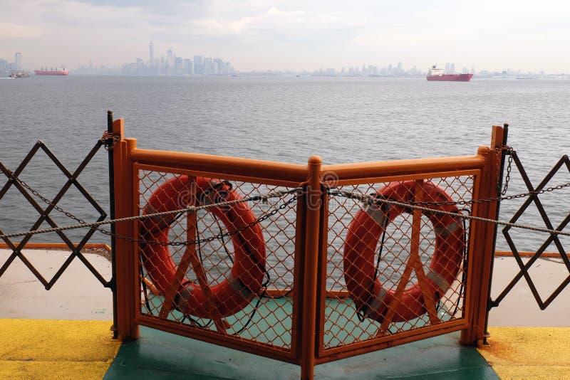 Aan boord van de veerboot stock afbeelding