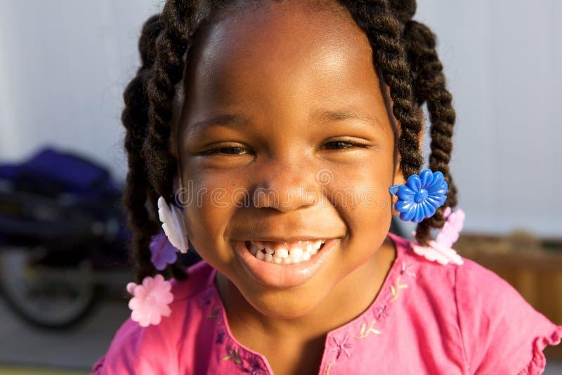 Aanbiddelijk Afrikaans Amerikaans meisje royalty-vrije stock foto's