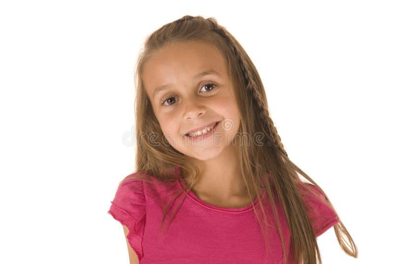 Aanbiddelijk jong donkerbruin meisje met grote glimlach en mooie ogen royalty-vrije stock foto's