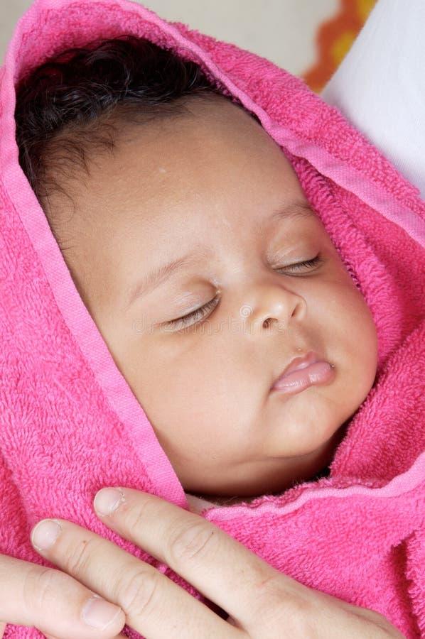 Aanbiddelijk slaperig meisje royalty-vrije stock foto