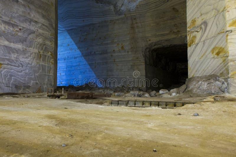 In aanbouw deel en gesloten aan het bezoeken van de zoute pan van Slanic Prahova stock afbeelding