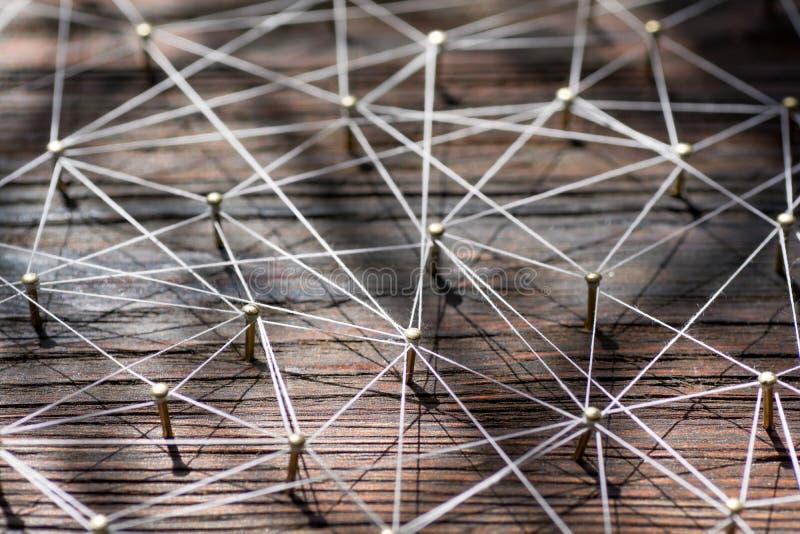 Aaneenschakelingsentiteiten Netwerk, voorzien van een netwerk, sociale media, Internet-communicatie samenvatting Klein verbonden  royalty-vrije stock afbeeldingen