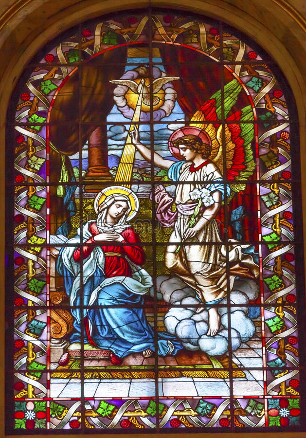 Aankondiging Mary Angel Stained Glass San Francisco Madrid stock foto