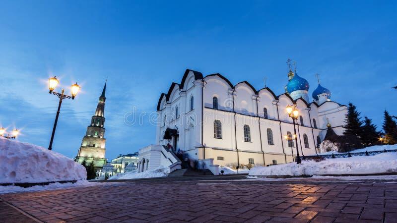 Aankondigingskathedraal van Kazan het Kremlin tegen de vage hemel in de winter 4 stock foto
