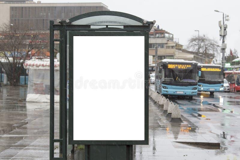 Aanplakbord op straat in de winter royalty-vrije stock foto