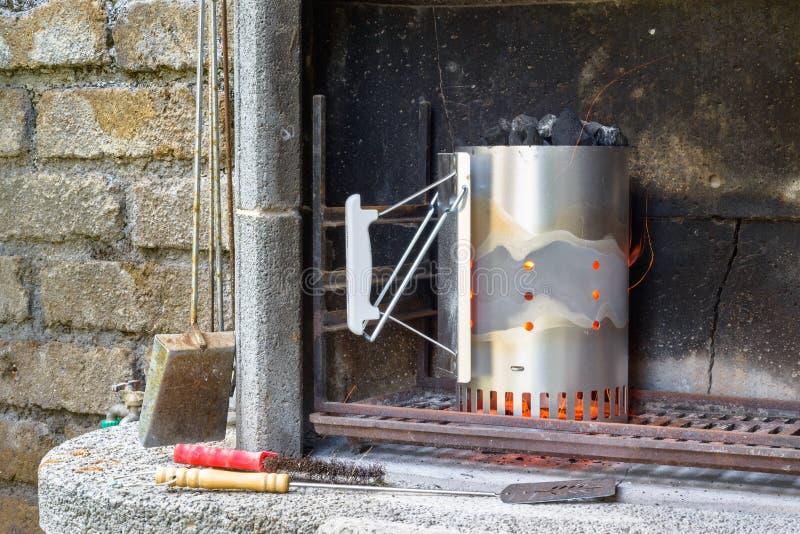 Aansteker voor barbecue royalty-vrije stock afbeelding