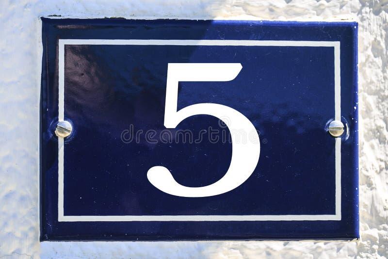 Aantal huis in blauwe kleur royalty-vrije stock foto's