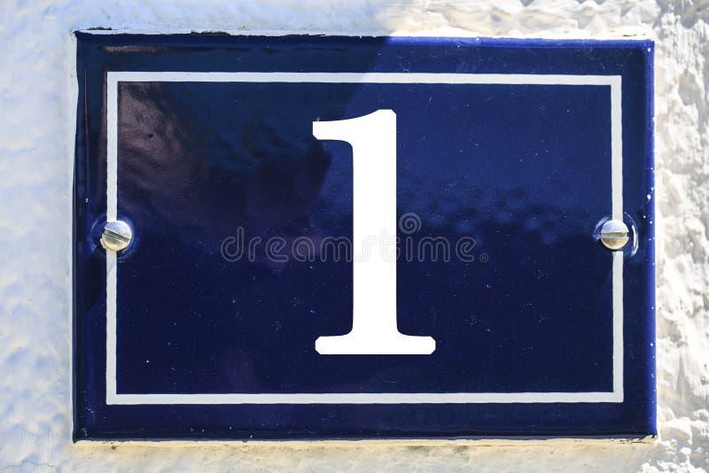 Aantal huis in blauwe kleur stock afbeeldingen