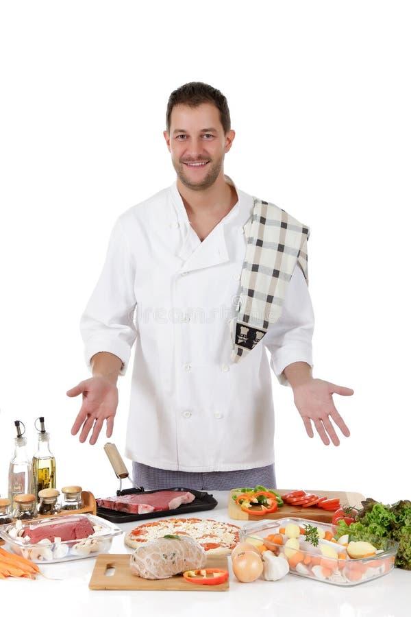 Aantrekkelijk chef-kok Kaukasisch mannetje, diversiteitsmaaltijd stock foto
