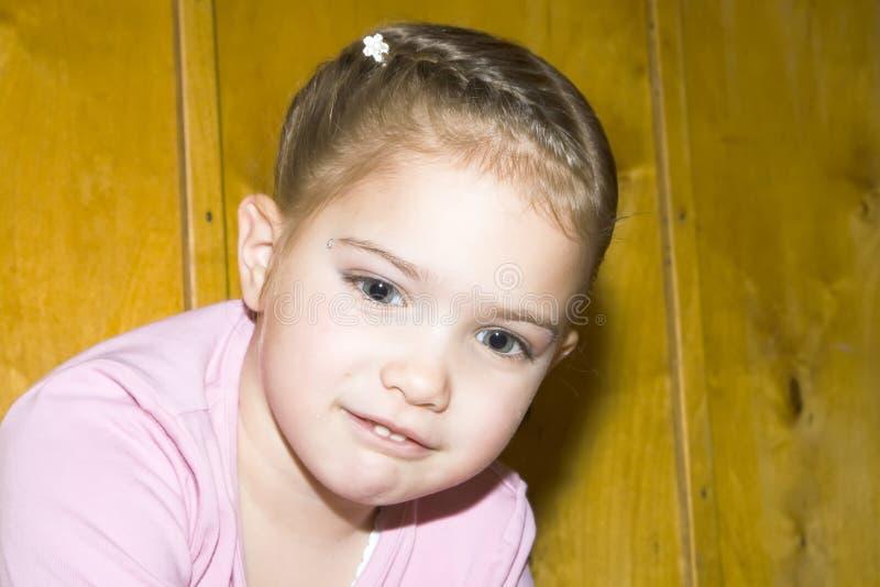 Aantrekkelijk jong meisje royalty-vrije stock afbeelding