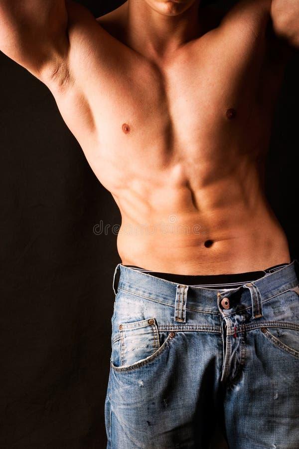 Aantrekkelijk mannelijk lichaam royalty-vrije stock foto