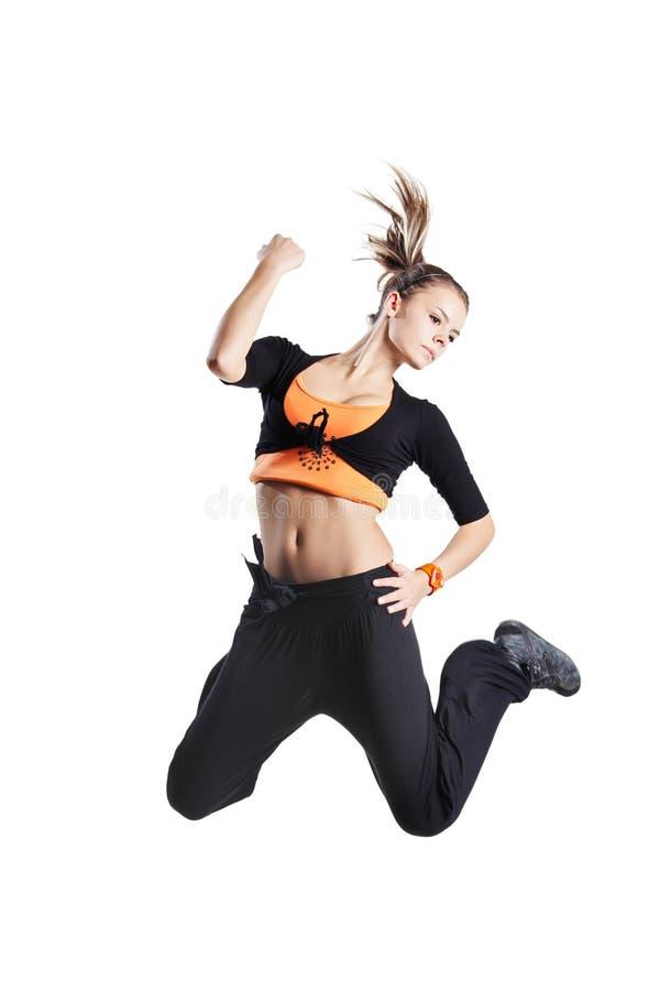Aantrekkelijk meisje dat in de lucht springt royalty-vrije stock fotografie