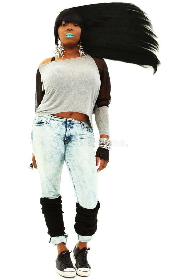 Aantrekkelijk Zwart Wijfje met Lang Stromend Haar stock afbeelding