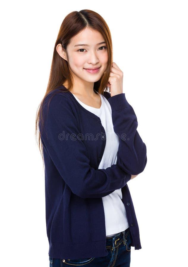Aantrekkelijke Aziatische vrouw op witte achtergrond stock afbeeldingen