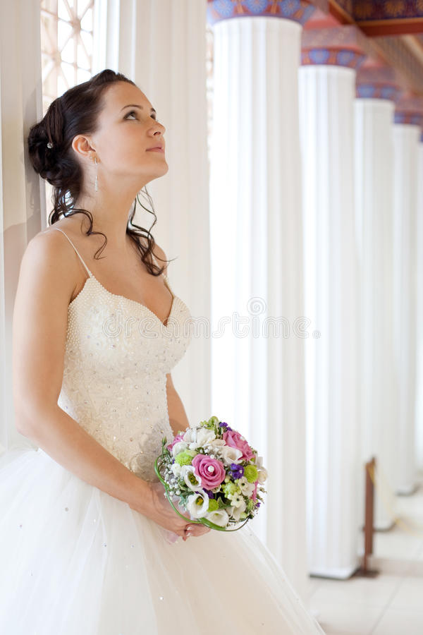 Aantrekkelijke bruid stock afbeeldingen