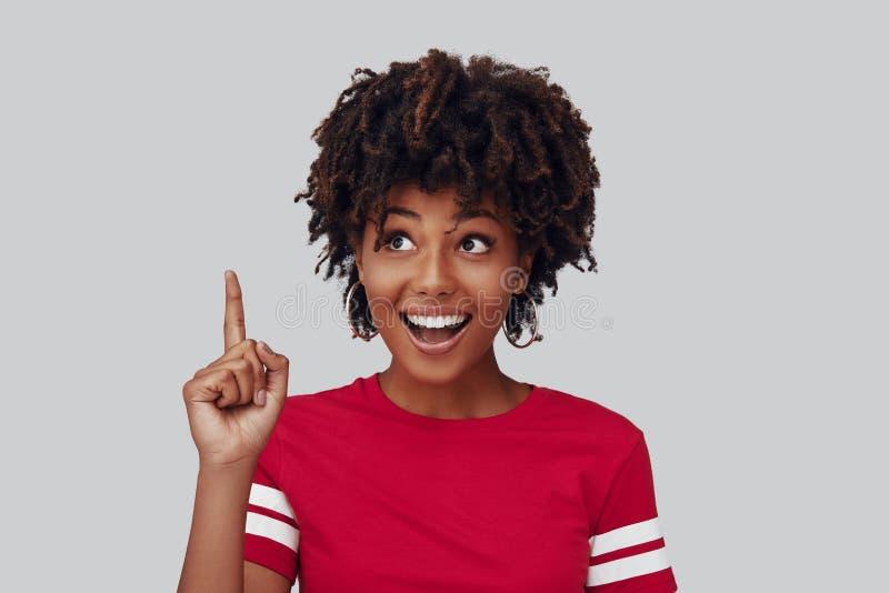 Aantrekkelijke jonge Afrikaanse vrouw royalty-vrije stock fotografie