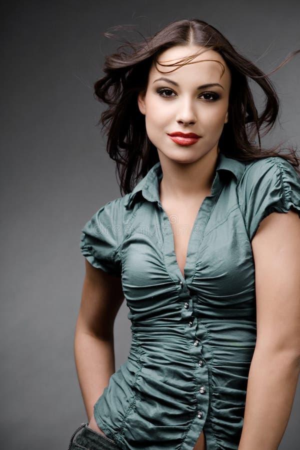 Aantrekkelijke jonge vrouw. stock afbeelding