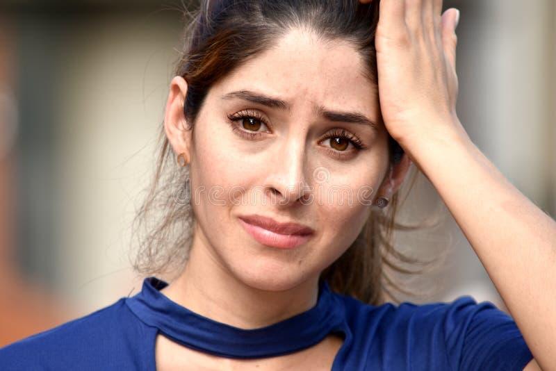 Aantrekkelijke Vrouw en Bezorgdheid stock foto