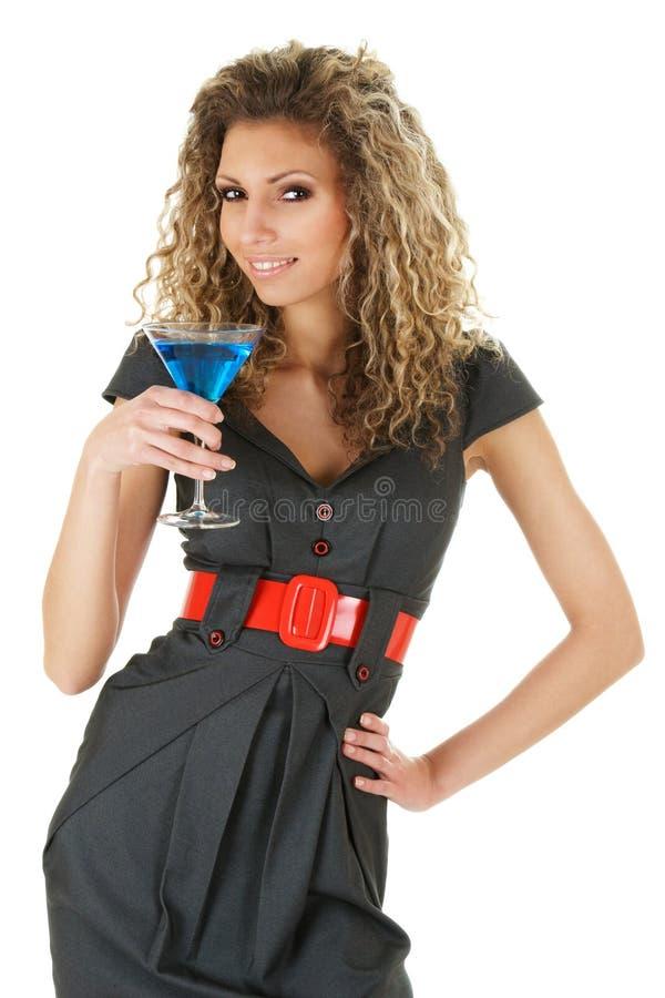 Aantrekkelijke vrouw met cocktail stock foto