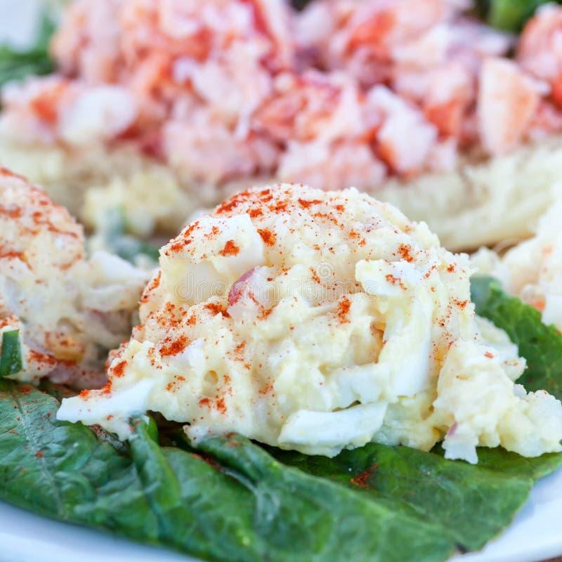 Aardappelsalade stock afbeelding