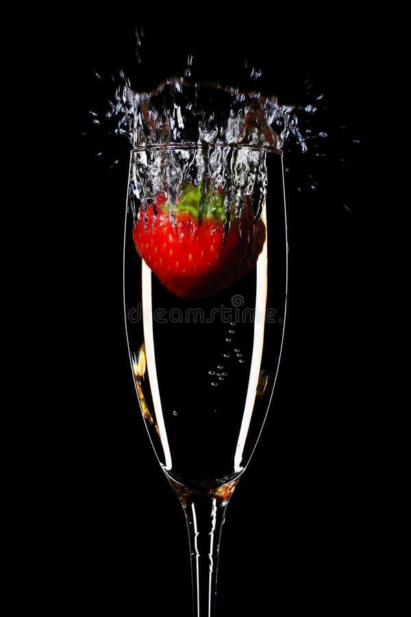 Aardbei en champagne royalty-vrije stock foto's