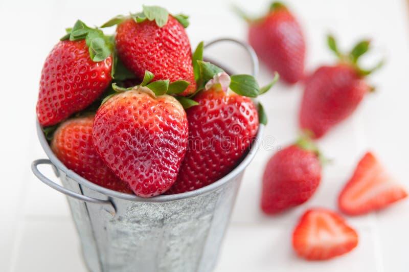 Download Aardbeien stock foto. Afbeelding bestaande uit ontwerp - 39107540