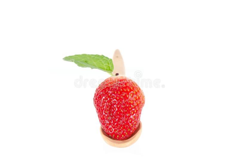 Aardbeien. Geïsoleerd op een witte achtergrond. stock foto
