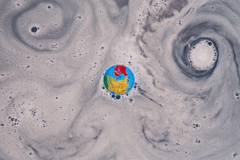 Aarde die roepen: uittocht in de draaikolk/de draaikolk