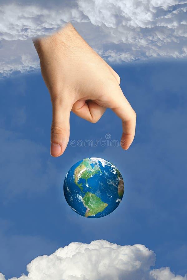 Aarde in hemel en de hand van god vector illustratie