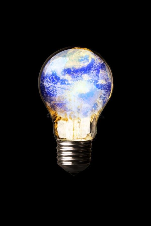 Aarde in Lightbulb stock foto's