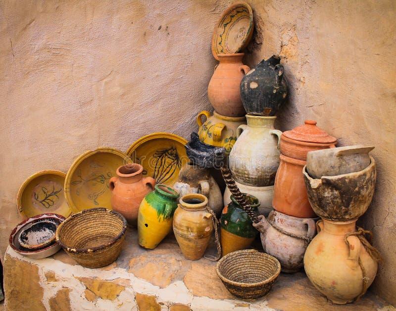 Aardewerk in Chenini-Dorp, Tunesië royalty-vrije stock foto