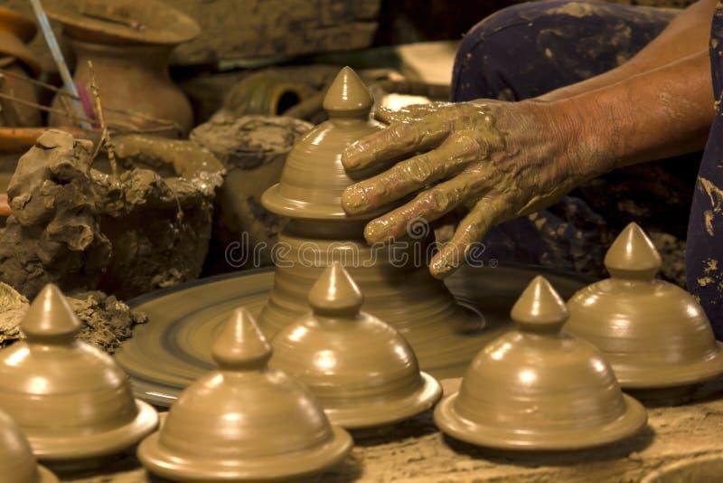 Aardewerk, met de hand gemaakt in Thailand, dat uniek is stock afbeeldingen