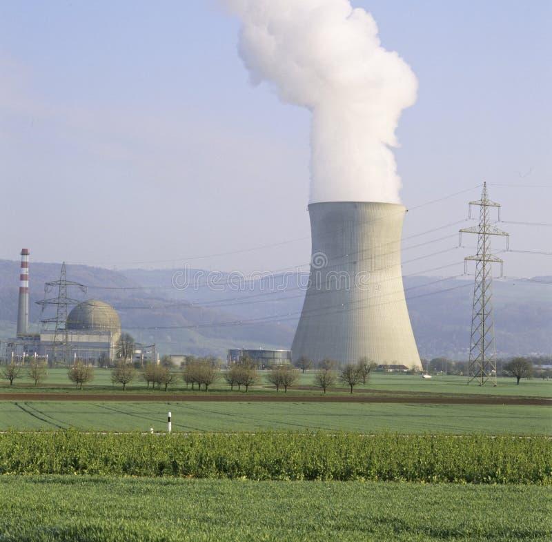 Aargau-Berichts-Schweizer Bezirk-Atomkraftwerk Leibstadt lizenzfreie stockfotografie