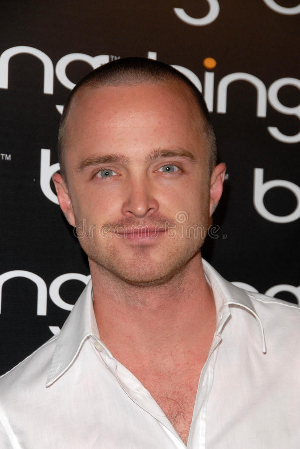 Download Aaron Paul redaktionelles stockbild. Bild von steakhouse - 26355884